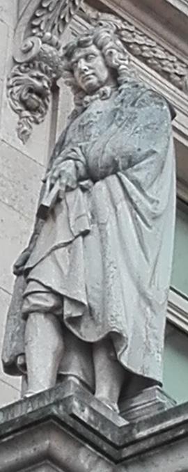 Statue Jean de La Fontaine